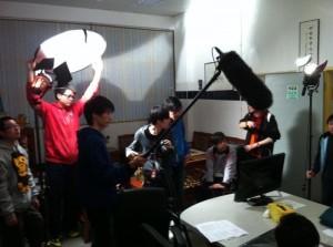 電腦多媒體課程學生拍攝微電影