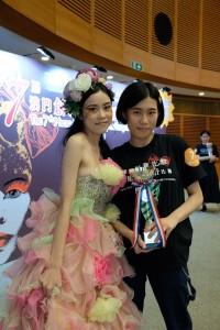 黃麗敏同學獲得舞台化妝組亞軍
